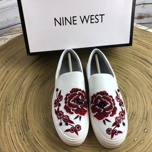 Nine West Onyeka Embroidered Sneakers 6.5M